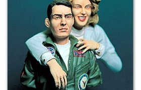 TOP GUN PILOT & GIRL